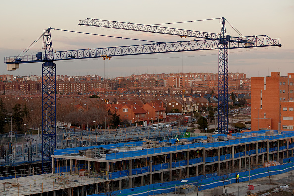 Construction Machinery「Spanish Property Market Begins To Show Signs Of Recovery After Years Of Downward Tendency」:写真・画像(13)[壁紙.com]
