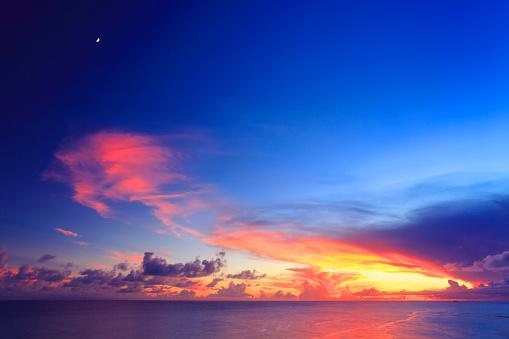 Okinawa Prefecture「Sea at dusk」:スマホ壁紙(9)