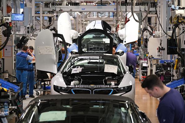 Industry「President Steinmeier Urges BMW Workers To Vote In European Elections」:写真・画像(4)[壁紙.com]