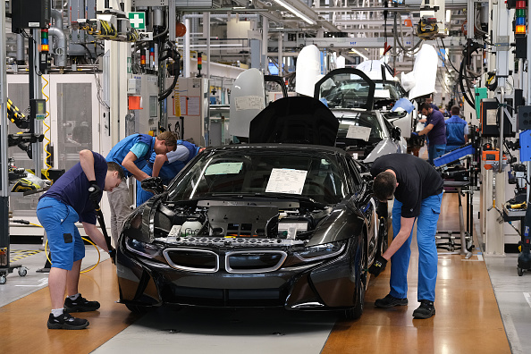 Vehicle Brand Name「President Steinmeier Urges BMW Workers To Vote In European Elections」:写真・画像(8)[壁紙.com]