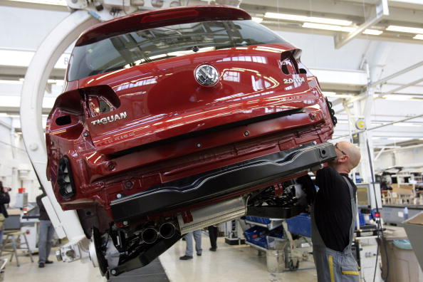 Wolfsburg - Lower Saxony「Touran And Tiguan Production At VW」:写真・画像(4)[壁紙.com]