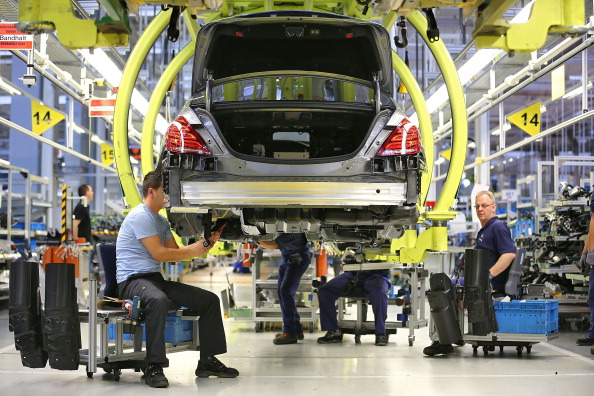 Occupation「S-Class Assembly At Mercedes-Benz Plant」:写真・画像(19)[壁紙.com]