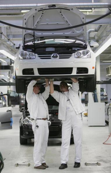 Wolfsburg - Lower Saxony「Press Day At Volkswagen Factory」:写真・画像(4)[壁紙.com]