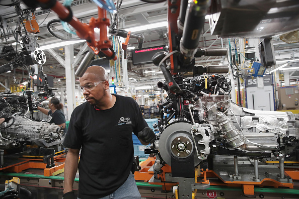 Occupation「Ford's Chicago Assembly Plant Builds Explorers, Police Interceptors, And Lincoln Aviators」:写真・画像(13)[壁紙.com]