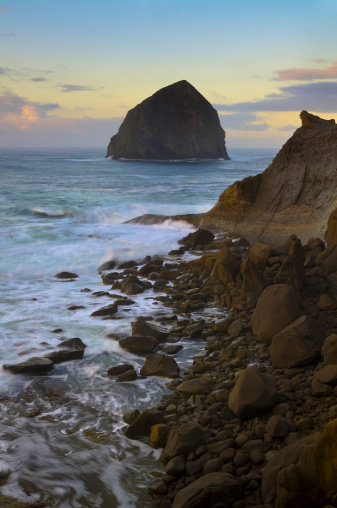 Haystack Rock「USA, Oregon, Pacific City, Haystack Rock」:スマホ壁紙(18)