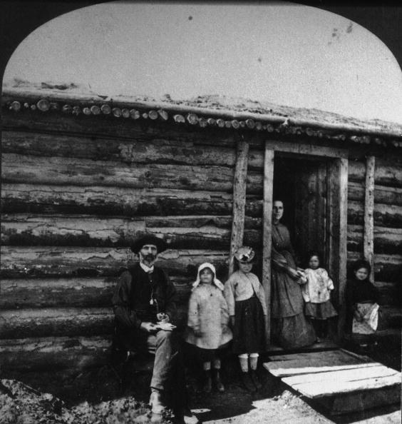 1870-1879「Old West Homestead Portrait」:写真・画像(16)[壁紙.com]