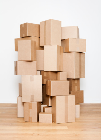 豊富「Stacked cardboard boxes」:スマホ壁紙(5)