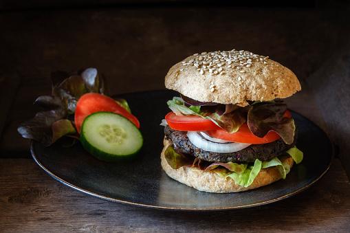 Veggie Burger「Homemade veggie burger, mushroom lentil fritter」:スマホ壁紙(0)