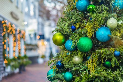 Northeast「USA, New England, Massachusetts, Nantucket Island, Nantucket Town, Christmas decarations」:スマホ壁紙(19)