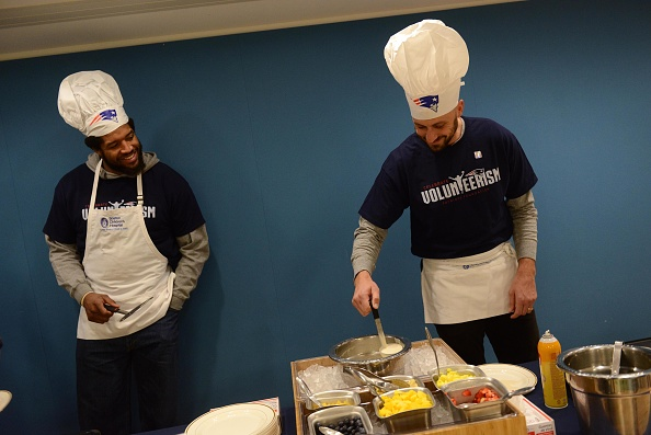 Brian Cook「Boston Children's Hospital and the New England Patriots Celebrate Annual Pancake Day Party」:写真・画像(17)[壁紙.com]