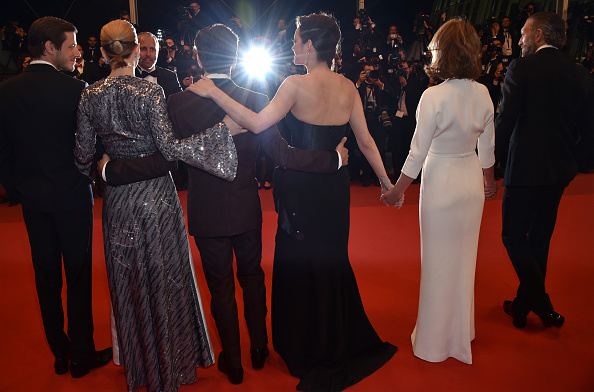 "Nathalie Baye「""It's Only The End Of The World (Juste La Fin Du Monde)"" - Red Carpet Arrivals - The 69th Annual Cannes Film Festival」:写真・画像(11)[壁紙.com]"