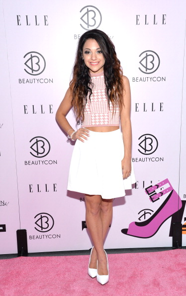 Sponsor「3rd Annual BeautyCon Summit Presented By ELLE Magazine At Pier 36 In New York City」:写真・画像(3)[壁紙.com]
