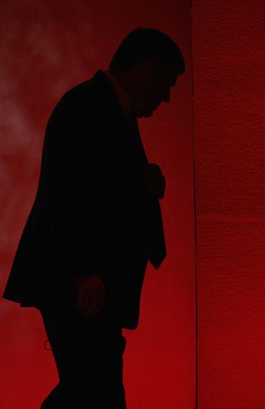 1人「Gordon Brown Addresses The Institute Of Directors」:写真・画像(18)[壁紙.com]
