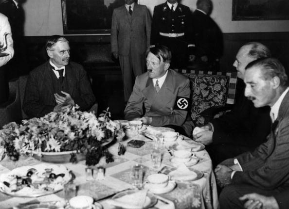 Munich「Appeasement Talks」:写真・画像(5)[壁紙.com]