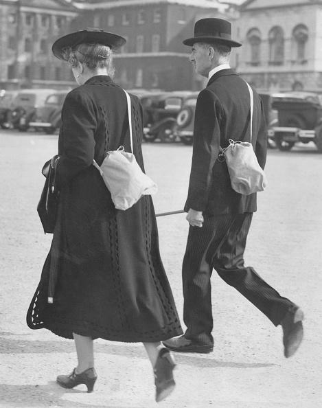 歩く「Chamberlain And Wife」:写真・画像(14)[壁紙.com]