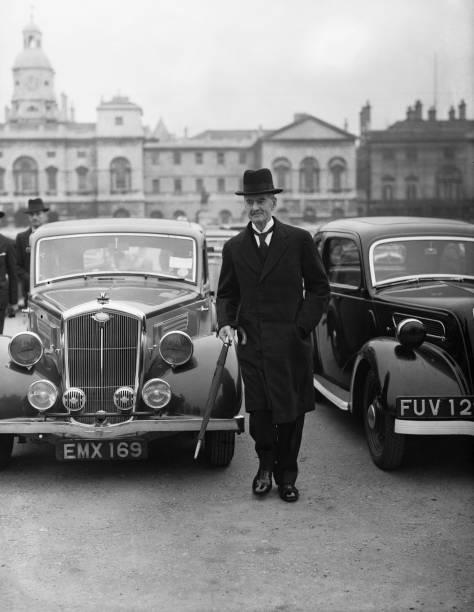 Umbrella「Neville Chamberlain」:写真・画像(5)[壁紙.com]