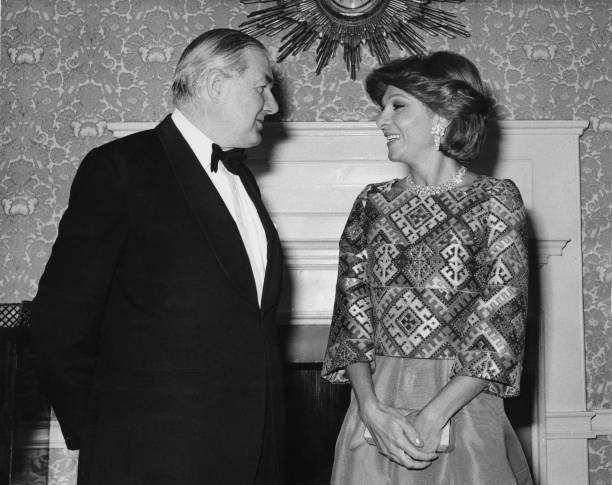 Jim Callaghan And The Empress Of Iran:ニュース(壁紙.com)
