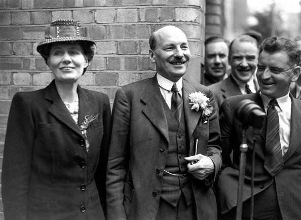 Victor J「Attlee Smiles」:写真・画像(10)[壁紙.com]