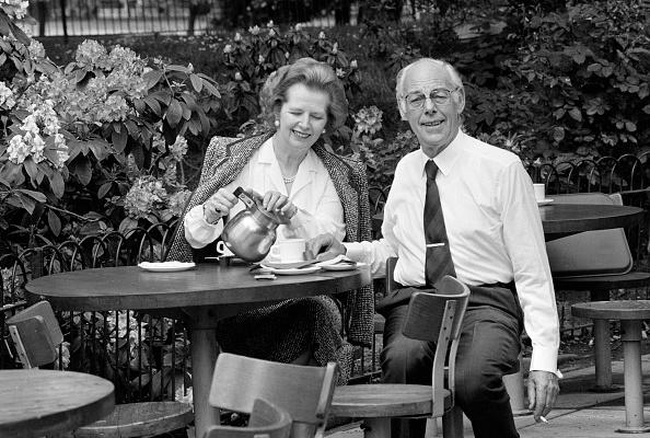 Tea Cup「Thatchers At Tea」:写真・画像(6)[壁紙.com]