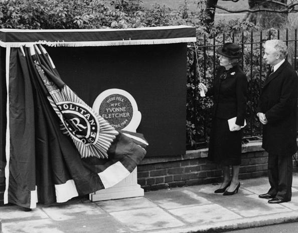 Yvonne Fletcher「Margaret Thatcher And Michael Winner」:写真・画像(6)[壁紙.com]