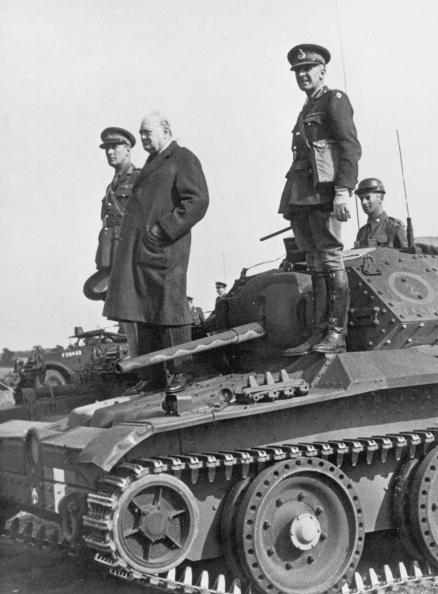 Four People「Churchill On A Tank」:写真・画像(7)[壁紙.com]