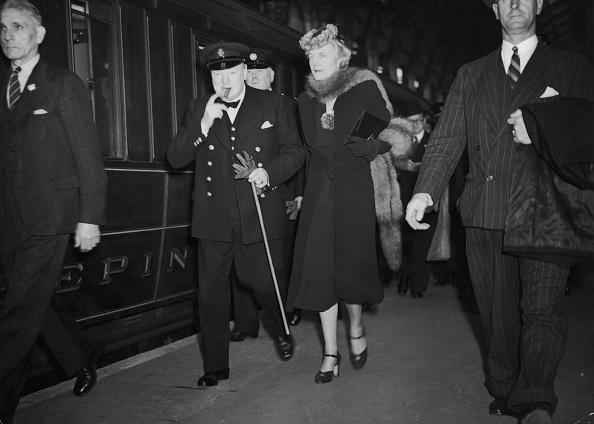 Medium Group Of People「Churchill's Return」:写真・画像(9)[壁紙.com]