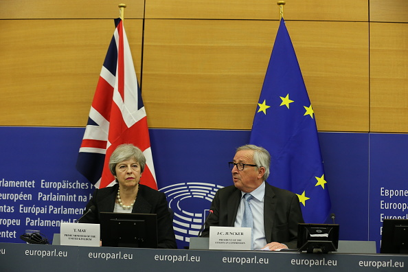 Thomas Niedermueller「British Prime Minister Makes A Statement On Brexit From Strasbourg」:写真・画像(11)[壁紙.com]