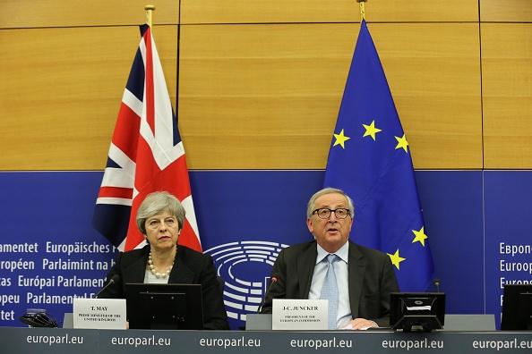 Thomas Niedermueller「British Prime Minister Makes A Statement On Brexit From Strasbourg」:写真・画像(18)[壁紙.com]