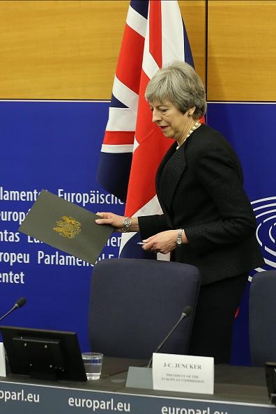 Thomas Niedermueller「British Prime Minister Makes A Statement On Brexit From Strasbourg」:写真・画像(16)[壁紙.com]