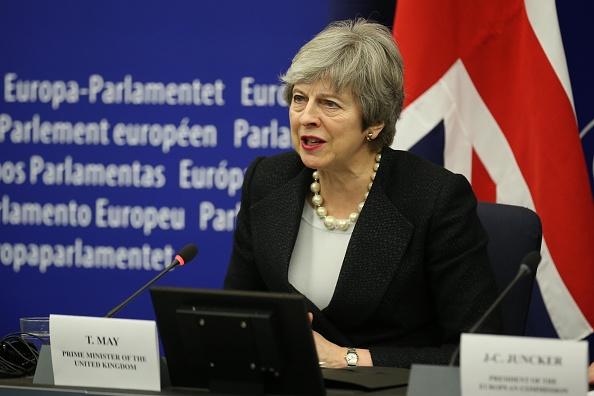 Thomas Niedermueller「British Prime Minister Makes A Statement On Brexit From Strasbourg」:写真・画像(7)[壁紙.com]