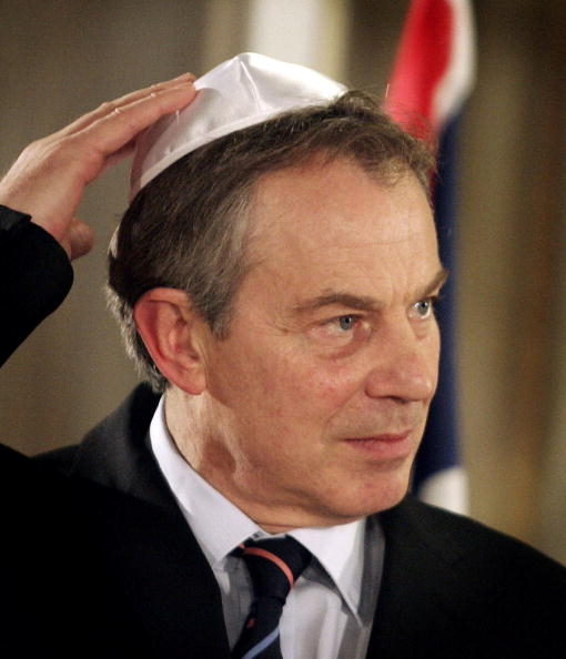 Skull Cap「Tony Blair Embarks On Middle East Tour」:写真・画像(10)[壁紙.com]