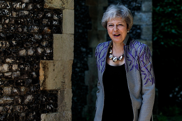 Prime Minister「Theresa May Attends Church On Easter Sunday」:写真・画像(16)[壁紙.com]
