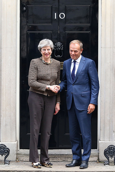 Topix「The British Prime Minister Greets The President of the European Council」:写真・画像(18)[壁紙.com]