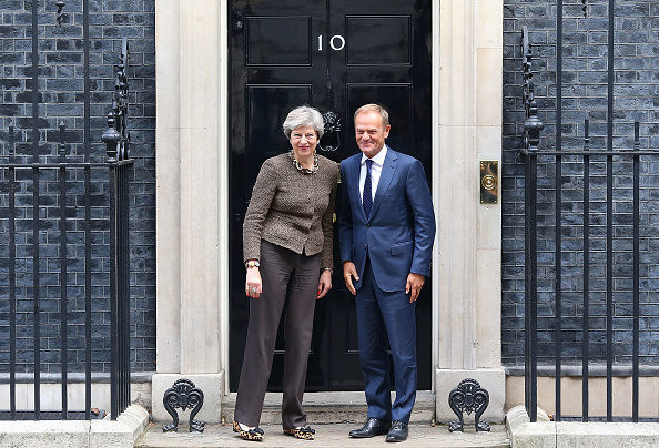 Topix「The British Prime Minister Greets The President of the European Council」:写真・画像(16)[壁紙.com]