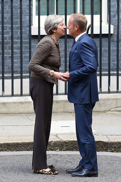 Topix「The British Prime Minister Greets The President of the European Council」:写真・画像(17)[壁紙.com]