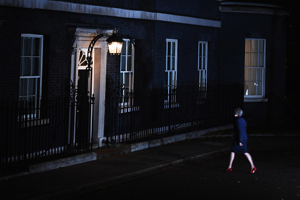Leon Neal「The British Prime Minister Confirms That Her Cabinet Back Brexit Draft Agreement」:写真・画像(16)[壁紙.com]