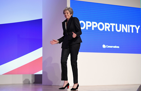 Dancing「Conservative Party Leader Speaks To Conference On Day Four」:写真・画像(10)[壁紙.com]