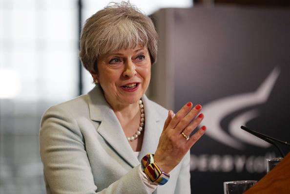 1人「Theresa May Delivers Key Education Speech In Derbyshire」:写真・画像(1)[壁紙.com]