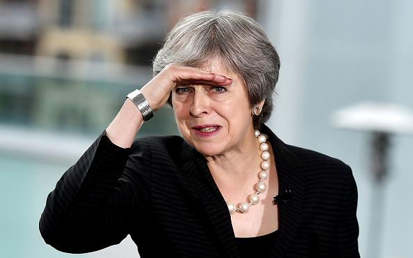 Theresa May「British Prime Minister Theresa May Visits Northern Ireland」:写真・画像(11)[壁紙.com]