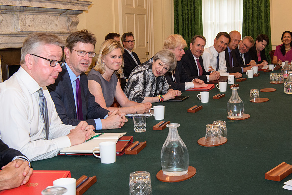 Cabinet Member「Theresa May's reshuffled Cabinet Meets For The First Time」:写真・画像(15)[壁紙.com]