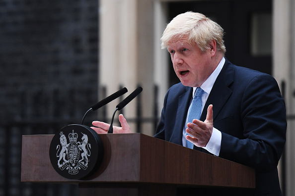 Speech「Prime Minister Boris Johnson Delivers Speech Outside 10 Downing Street」:写真・画像(13)[壁紙.com]