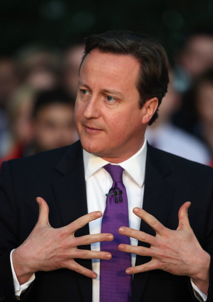 Corporate Business「Prime Minister David Cameron Holds A PM Direct In Coventry」:写真・画像(0)[壁紙.com]
