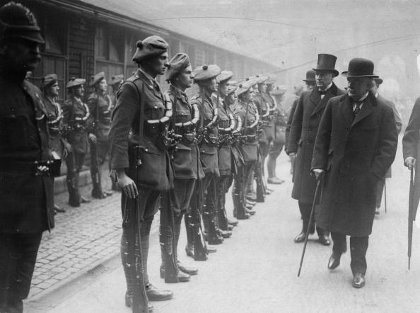 Prime Minister of the United Kingdom「Lloyd George Inspects」:写真・画像(6)[壁紙.com]