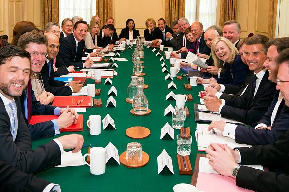 閣僚「First Conservative Cabinet Meeting Of The New Government」:写真・画像(7)[壁紙.com]