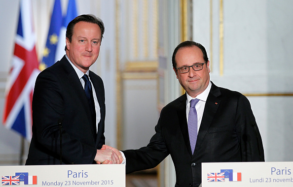 French Press「French President Francois Hollande Receives British Prime Minister David Cameron AT Elysee Palace」:写真・画像(7)[壁紙.com]