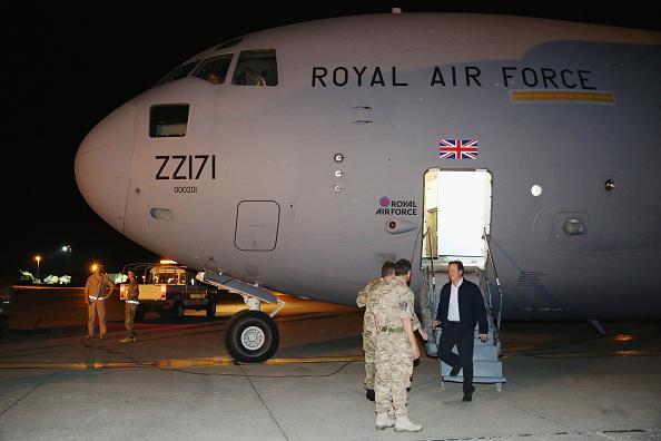 Dan Kitwood「Prime Minister David Cameron Visits RAF Base In Cyprus」:写真・画像(6)[壁紙.com]