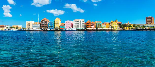 UNESCO「Caribbean, Antilles, Curacao, Willemstad,」:スマホ壁紙(0)