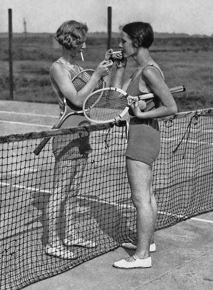 Only Women「Lighting Up After A Tennis Match」:写真・画像(1)[壁紙.com]