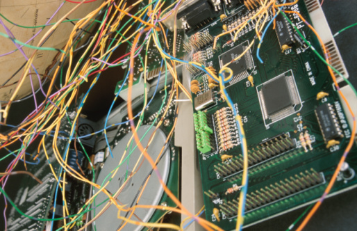 Mother Board「Wires and circuitry」:スマホ壁紙(10)