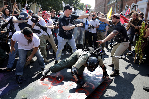 "Confrontation「Violent Clashes Erupt at ""Unite The Right"" Rally In Charlottesville」:写真・画像(19)[壁紙.com]"